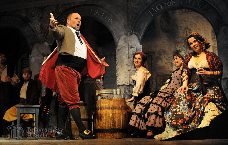carmen composed by georges bizet essay With his opera carmen, french composer georges bizet (1838-1875) revitalized the french lyric stage by challenging both the oversized species of grand opera and the tired repertory of the.