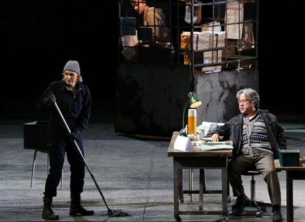 Picture by  Marco Brescia & Rudy Amisano Fidelio (Act I): Leonore/Fidelio (Anja Kampe); Rocco (Kwangchul Youn)